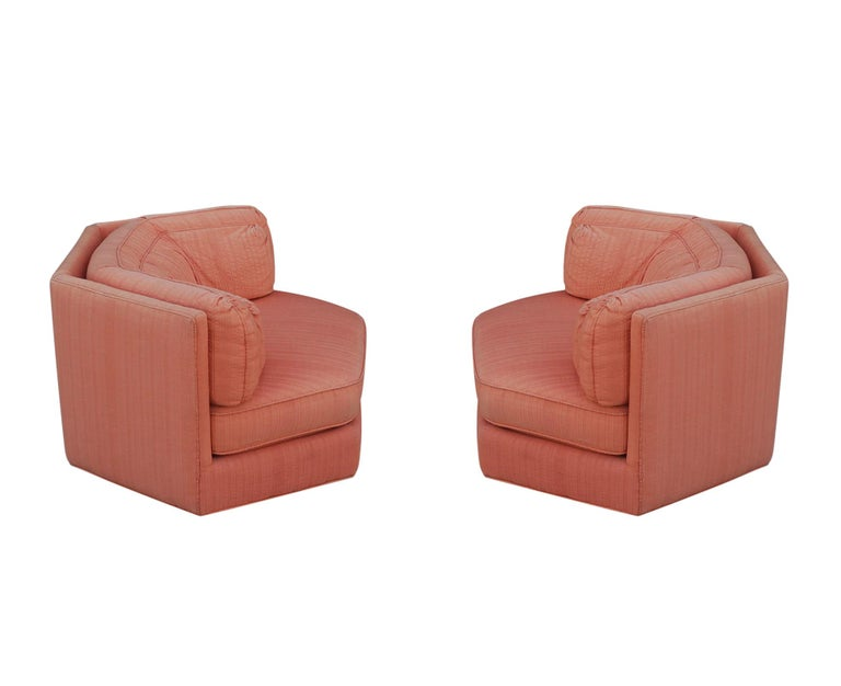 Trio of Hexagonal Mid-Century Modern Club Chairs by Bernhardt, Plinth Bases For Sale 1