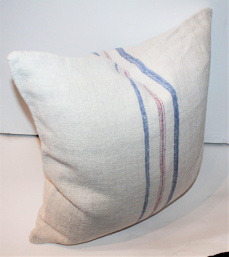 Trio of Linen Pillows, Vintage In Good Condition For Sale In Los Angeles, CA