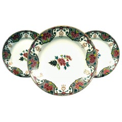 Trio of Porcelain Cabinet Plates Decorated in Enamelled Oriental Motifs