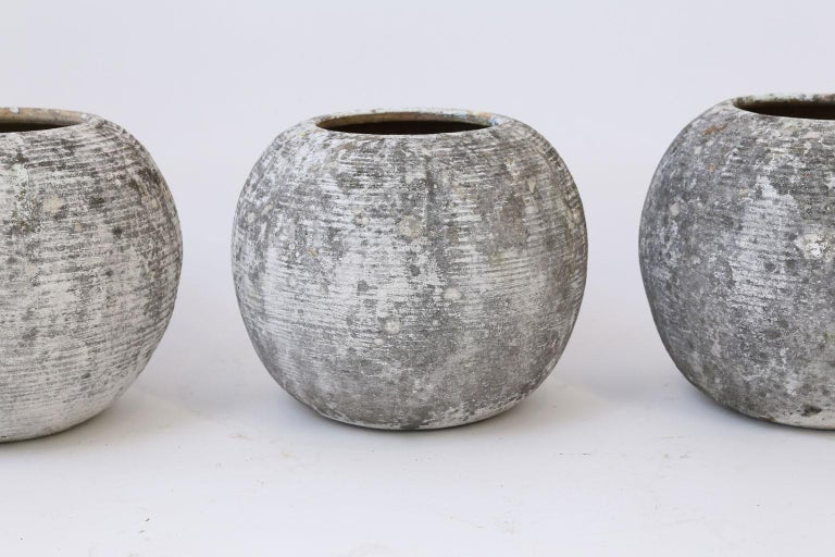 Trio of Vintage Round Ribbed Planters For Sale 4