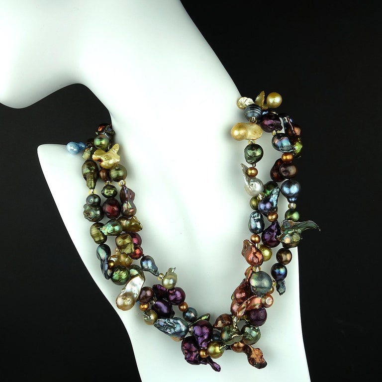 Triple Strand Multi-Color  Pearl Necklace For Sale 2