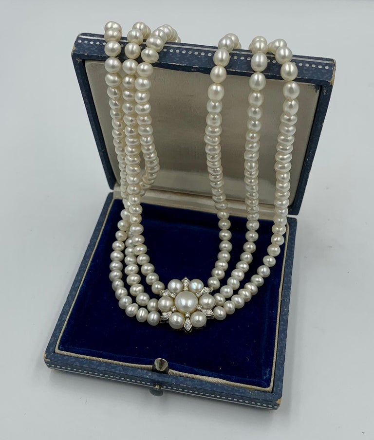 Triple-Strand Pearl Diamond Necklace 14 Karat White Gold In Good Condition For Sale In New York, NY