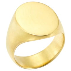 Tristram Signet Ring in 18 Karat Gold