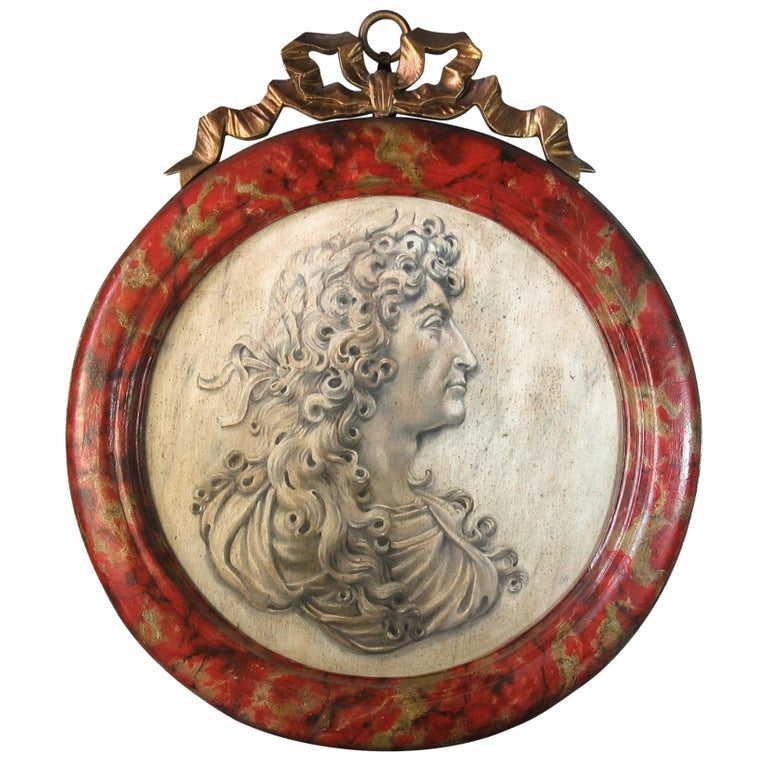 Trompe-L'oeil Medallion Profile of Louis XIV Represented as Alexander the Great For Sale