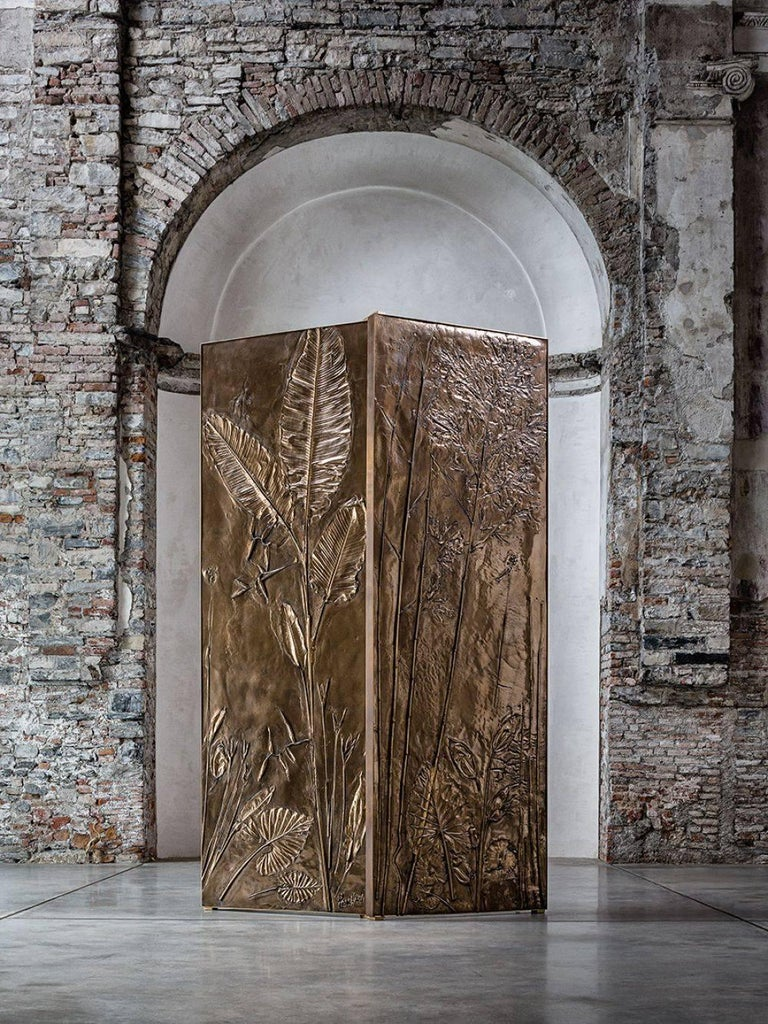 These monumental bronze panels are handcrafted using painstaking techniques at the Milan-based studio of Gianluca Pacchioni. Although part of the Tropical Fossil series, each panel features unique bas-relief elements formed from leaves and plants