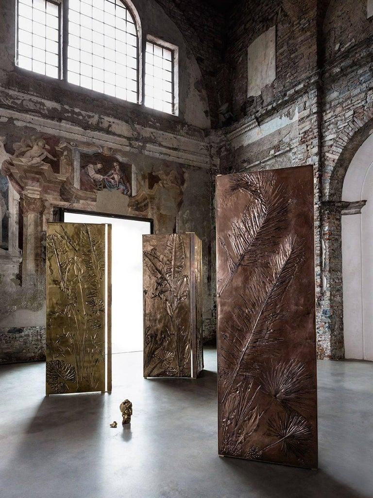 Contemporary 'Tropical Fossil III' Monumental Bronze and Brass Screen by Gianluca Pacchioni For Sale