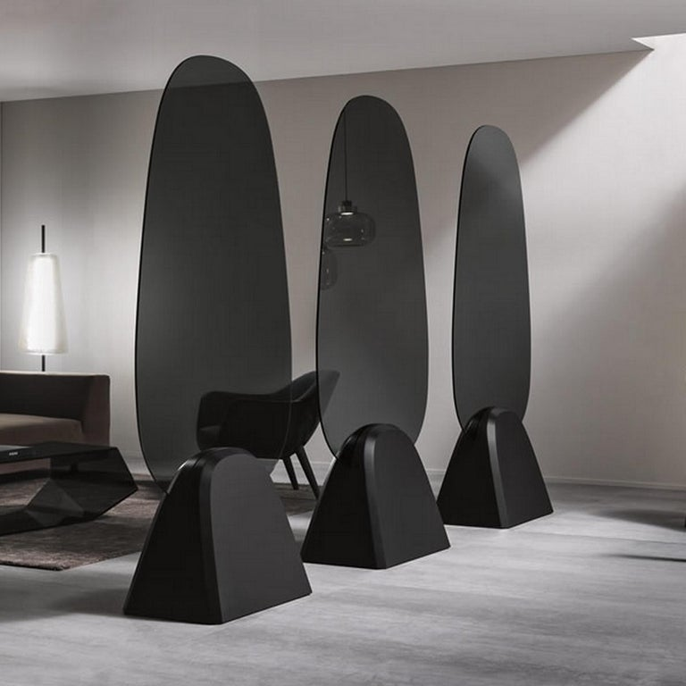 Modern In stock in Los Angeles, Tropikal Mirror, Designed by Karim Rashid Made in Italy For Sale