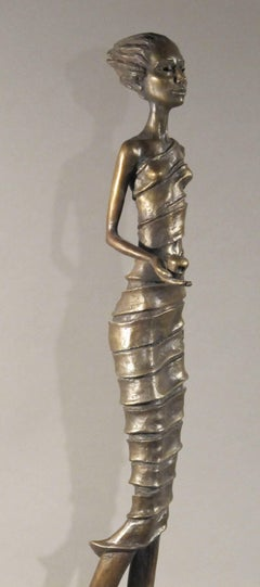 First Bite, female figure holding apple, garden of eden, bronze sculpture