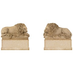 True Pair of Italian 18th Century Louis XVI Period White Carrara Marble Lions
