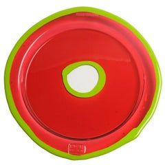 Try-Tray Medium Round Tray in Dark Ruby and Matt Acid Green by Gaetano Pesce