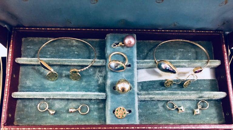 Tsavorite and Diamond Micropavé 18 Karat Gold Sundial Ring For Sale 1
