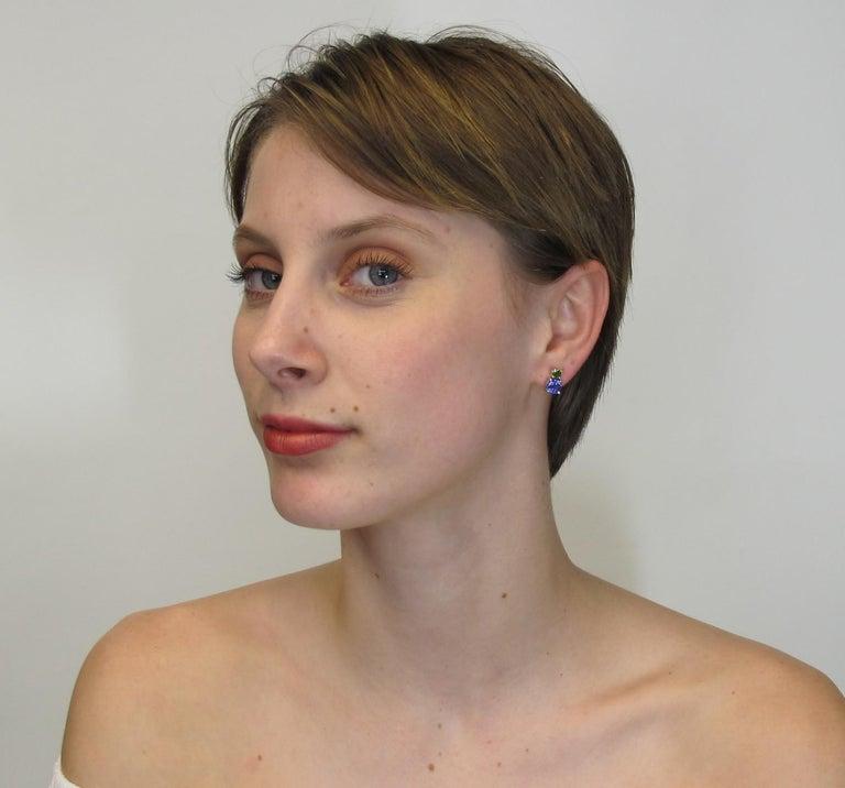 Round Cut Tsavorite and Tanzanite 18 Karat Yellow Gold Earrings For Sale