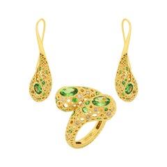 Tsavorites Champagne Diamonds 18 Karat Yellow Gold Bubble Suite