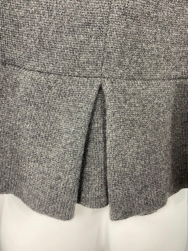 Women's TSE Grey Cashmere Sweater Cardigan Top, Size S/M For Sale