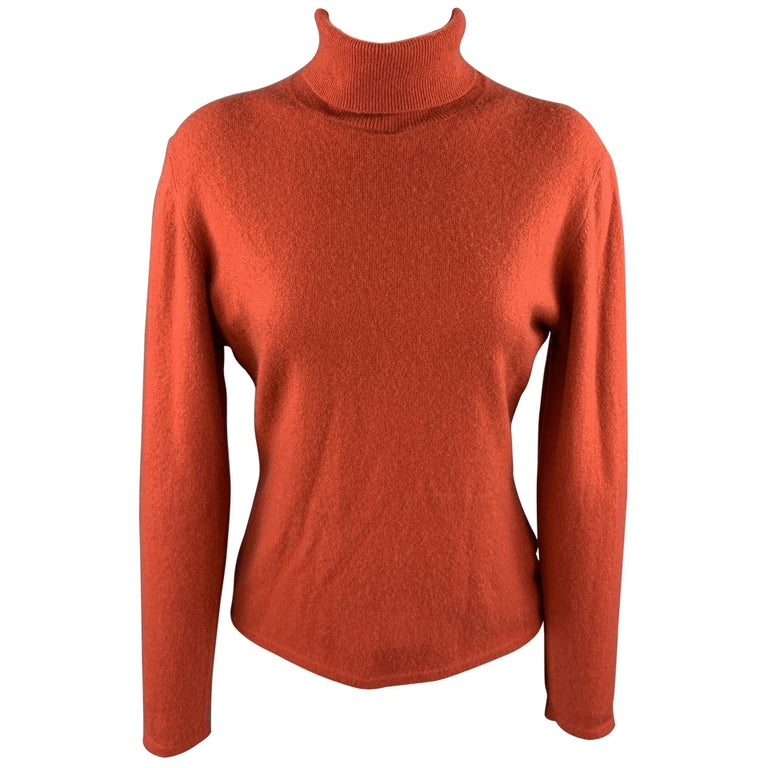 TSE Size L Coral Knitted Cashmere Turtleneck Sweater For Sale