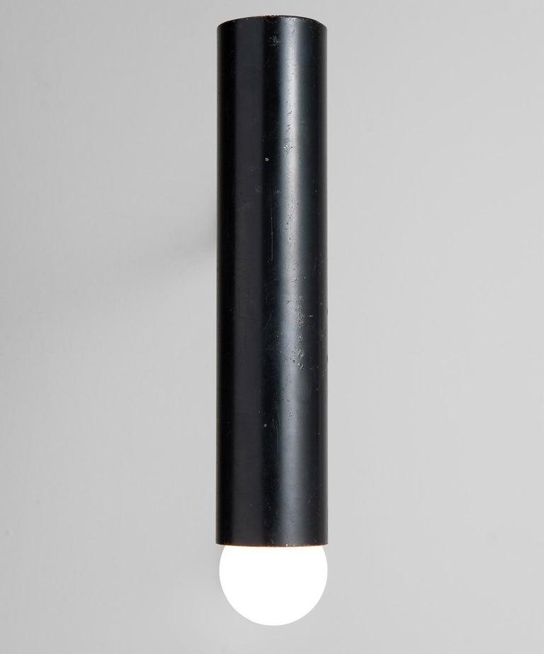 Tilt shift tubular head. Original paint, with weathered patina.
