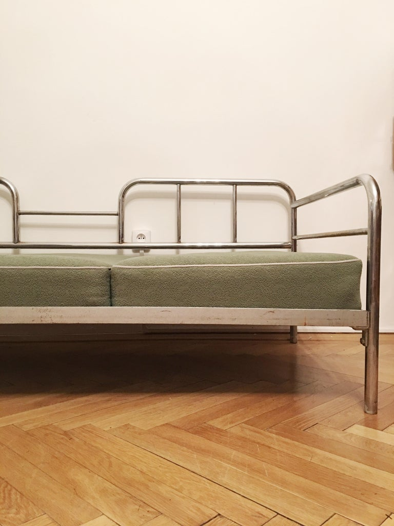 Tubular Steel Couch / Daybed by Robert Slezak, 1930s In Good Condition For Sale In Prague, CZ