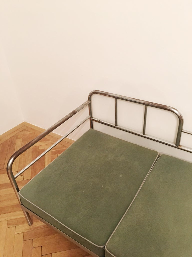 Mid-20th Century Tubular Steel Couch / Daybed by Robert Slezak, 1930s For Sale
