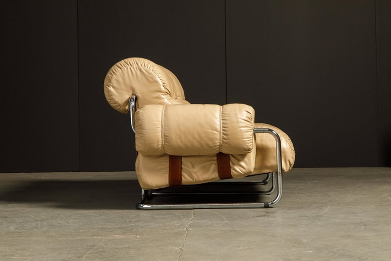 Late 20th Century 'Tucroma' Leather Sofa and Loveseat by Guido Faleschini for Mariani, 1970s Italy For Sale