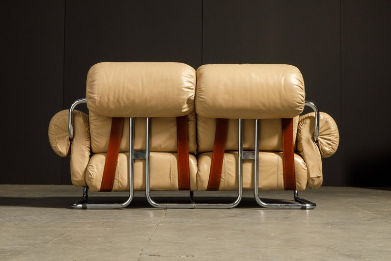 'Tucroma' Leather Sofa and Loveseat by Guido Faleschini for Mariani, 1970s Italy For Sale 2