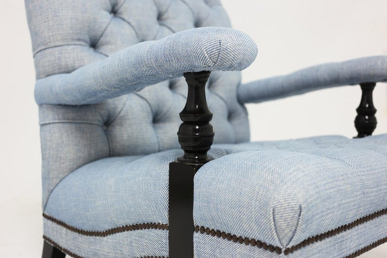 American Classical Tufted Club Chair in Blue Linen Fabric with Turned Wood Legs and Nailhead Trim For Sale