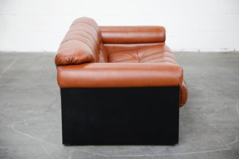 Italian Cognac Leather 'Bounty' Loveseat by L. Davanzati for The Pace Collection, 1980s  For Sale