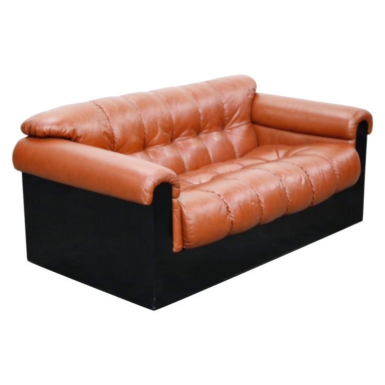 Cognac Leather 'Bounty' Loveseat by L. Davanzati for The Pace Collection, 1980s  For Sale