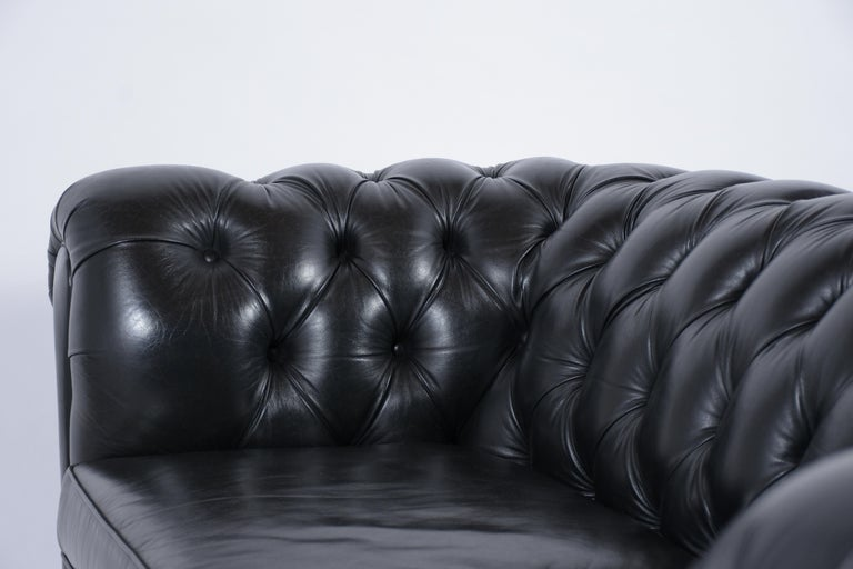 Tufted Leather Chesterfield Sofa For Sale 4