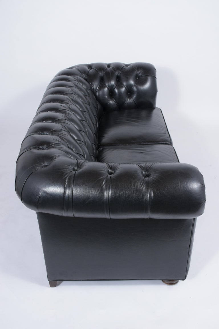 Tufted Leather Chesterfield Sofa For Sale 5