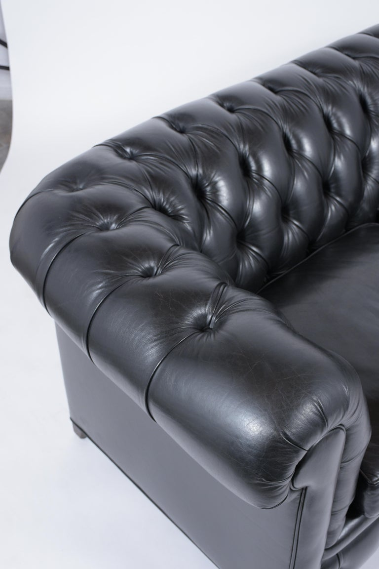 Tufted Leather Chesterfield Sofa For Sale 2