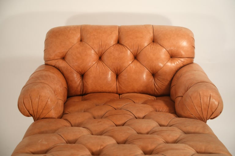Tufted Distressed Leather Ralph Lauren Chesterfield Styled Chaise Lounge Daybed For Sale 4