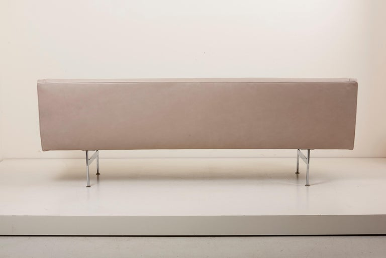 Tufted Sofa in Grey Leather by Milo Baughman for Thayer Coggin For Sale 6