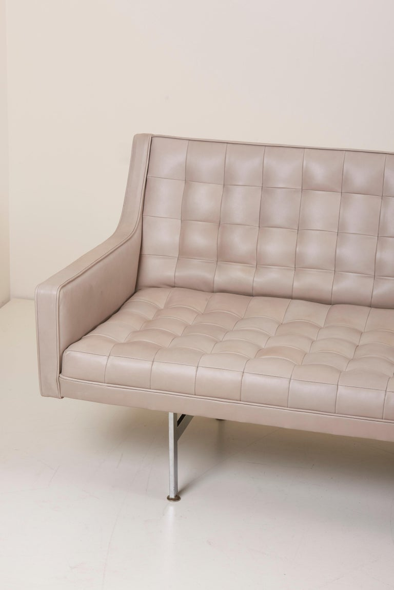 Mid-Century Modern Tufted Sofa in Grey Leather by Milo Baughman for Thayer Coggin For Sale
