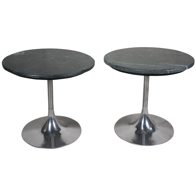 Tulip Base Chrome and Green Marble Side or Coffee Table, Midcentury For Sale
