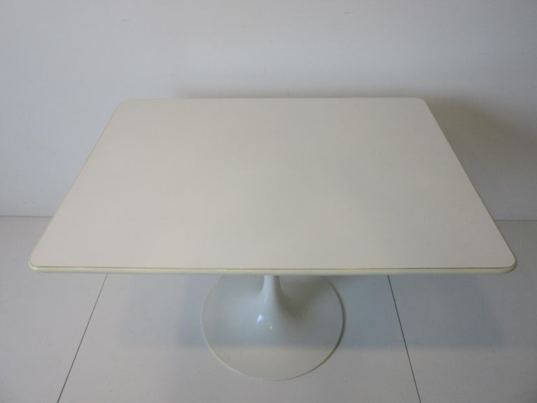 American Tulip Cafe / Dining Table by Maurice Burke For Sale