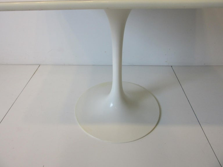 Tulip Cafe / Dining Table by Maurice Burke In Good Condition For Sale In Cincinnati, OH