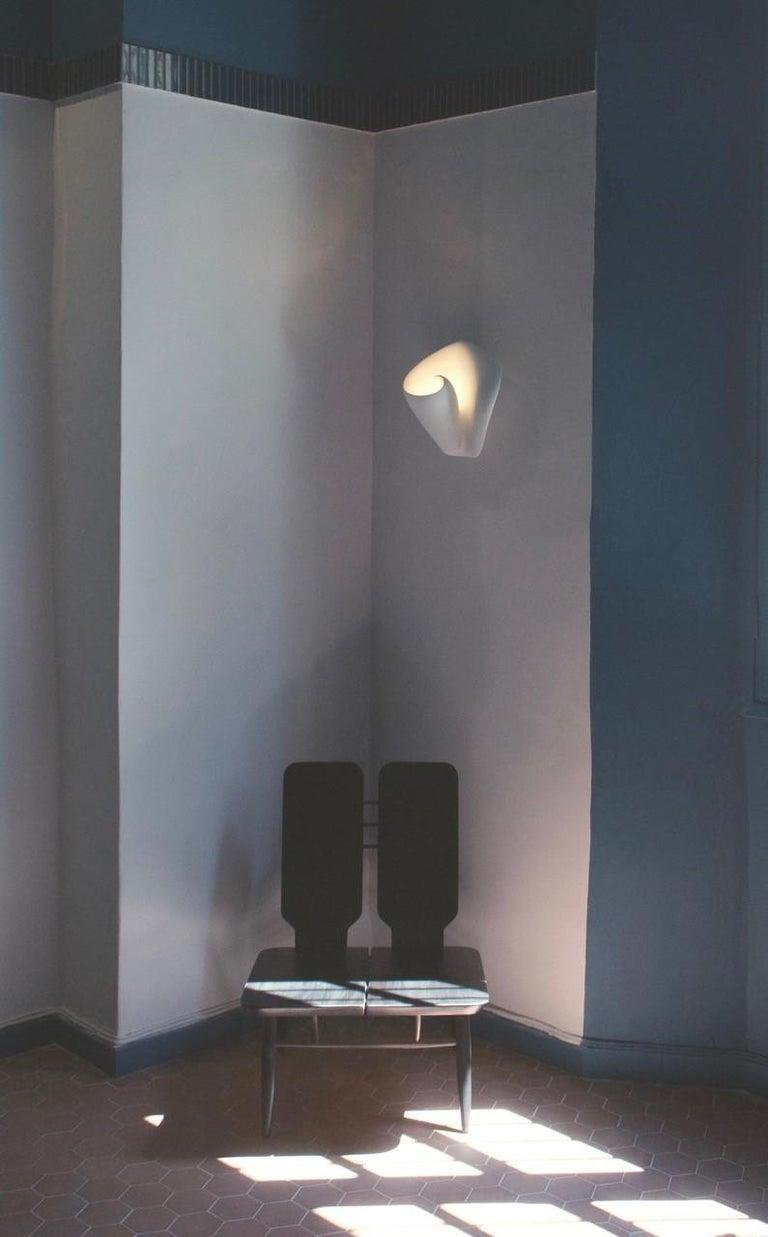 Tulip Contemporary Wall Sconce, Wall Light in White Plaster, Hannah Woodhouse In New Condition For Sale In London, GB