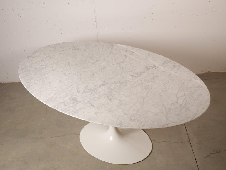 Tulip Oval Marble Dinning Table by Eero Saarinen for Knoll 5
