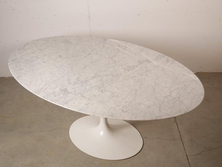 Tulip Oval Marble Dinning Table by Eero Saarinen for Knoll 8