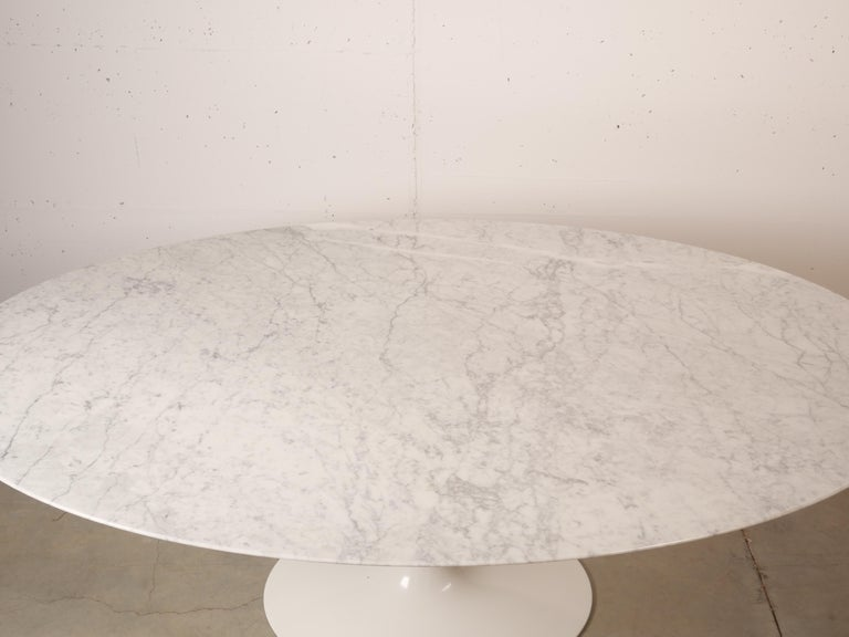 Tulip Oval Marble Dinning Table by Eero Saarinen for Knoll 11
