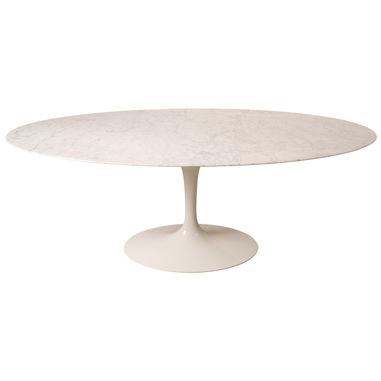 Tulip Oval Marble Dinning Table by Eero Saarinen for Knoll