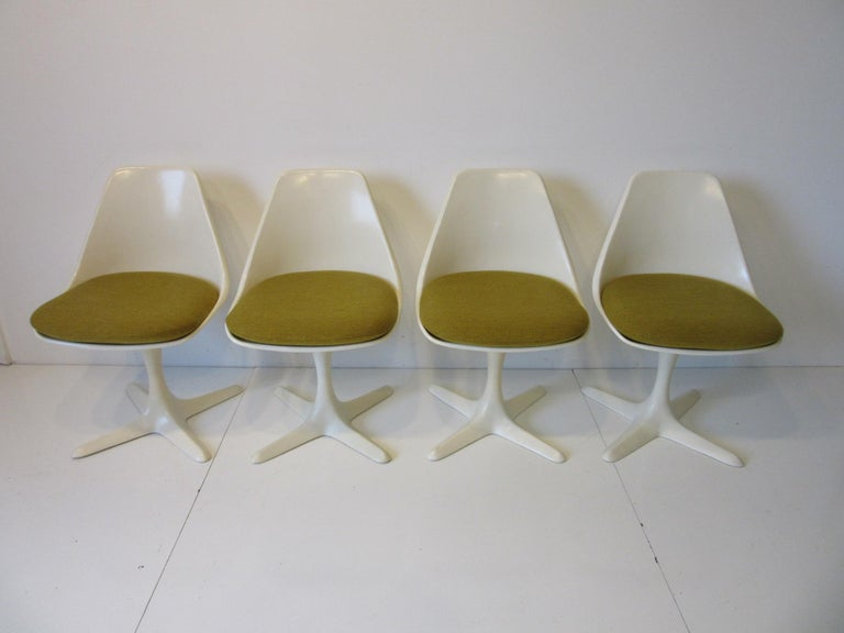 Tulip Saarinen Styled Dining Chairs by Maurice Burke for Burke International 5