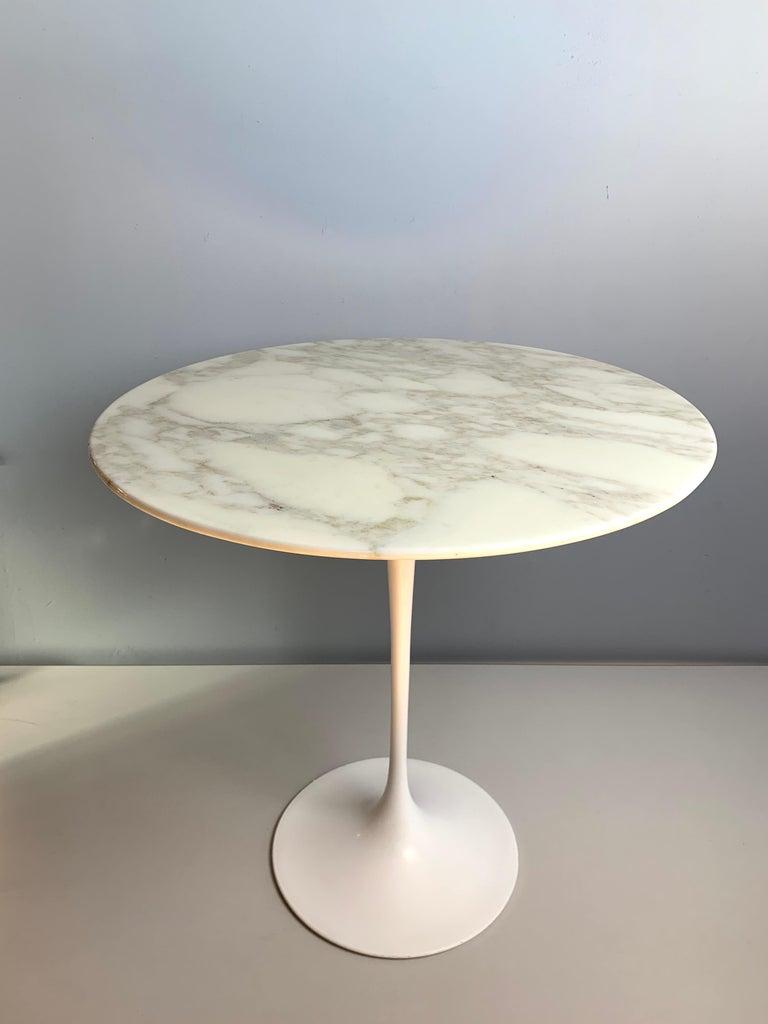 Marble Tulip Side Table by Eero Saarinen for Knoll Studio For Sale