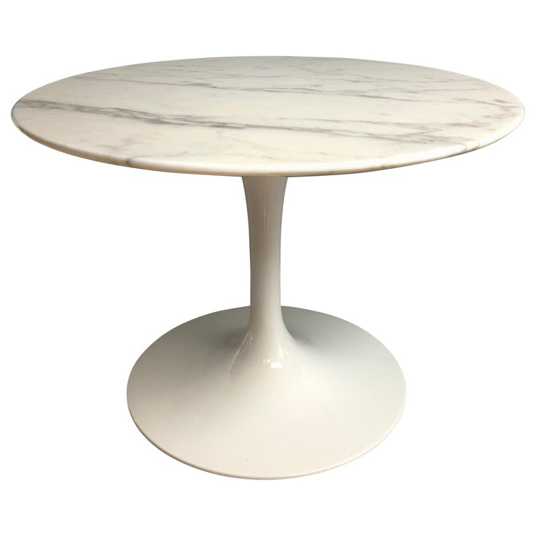 Tulip Side Table by Eero Saarinen for Knoll Studio For Sale