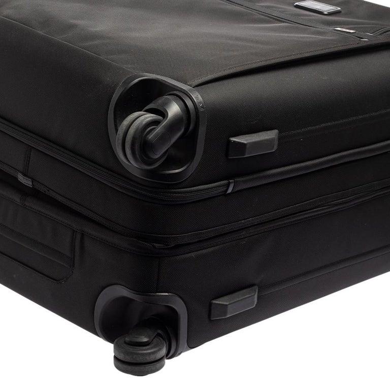 TUMI Black Nylon Alpha 2 Short Trip Expandable 4 Wheel Packing Case Luggage 8