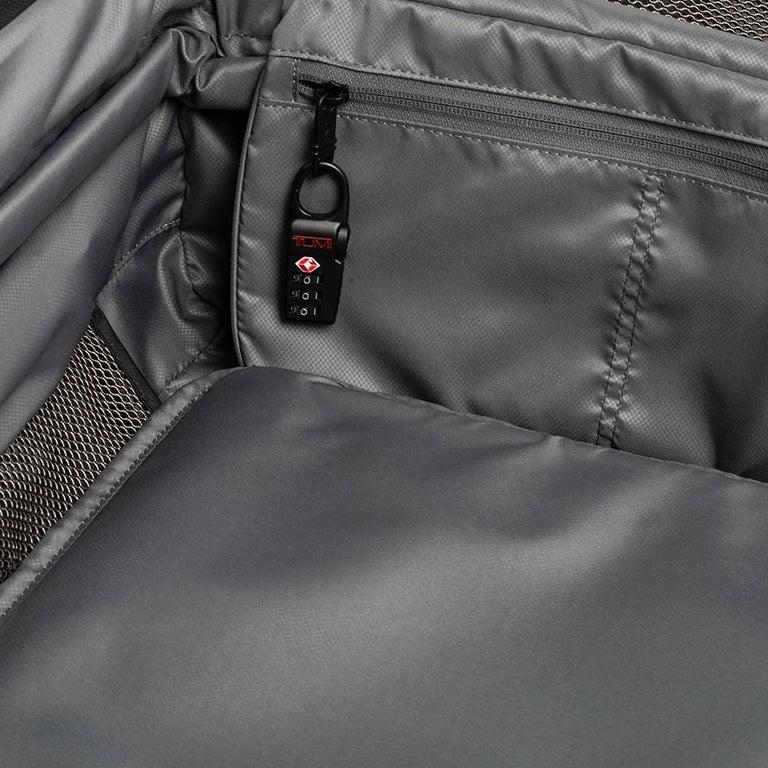 TUMI Black Nylon Alpha 2 Short Trip Expandable 4 Wheel Packing Case Luggage 9