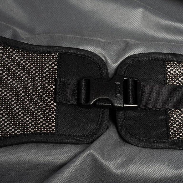 TUMI Black Nylon Alpha 2 Short Trip Expandable 4 Wheel Packing Case Luggage 3