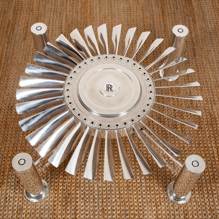 Coffee table Turbofan Rolls-Royce with turbine from
