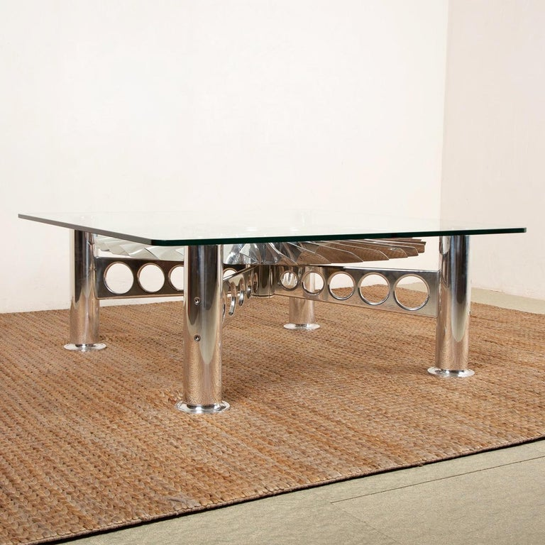 Turbofan Rolls-Royce Coffee Table In New Condition For Sale In Paris, FR