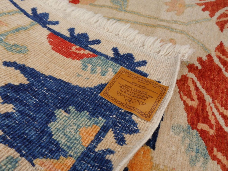 Hand-Knotted Turkish Azeri Heriz Rug with Tulip Design Hand Knotted For Sale